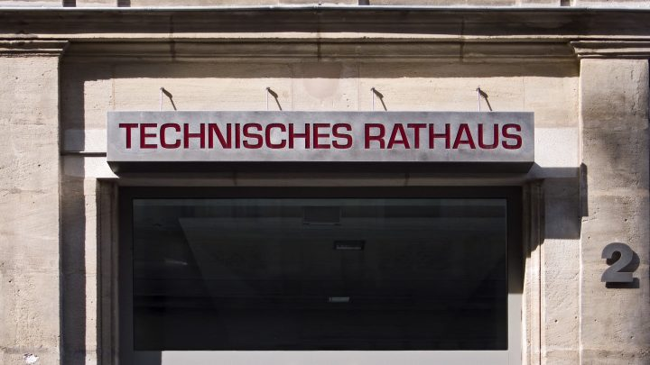 Hirschenstraße 2