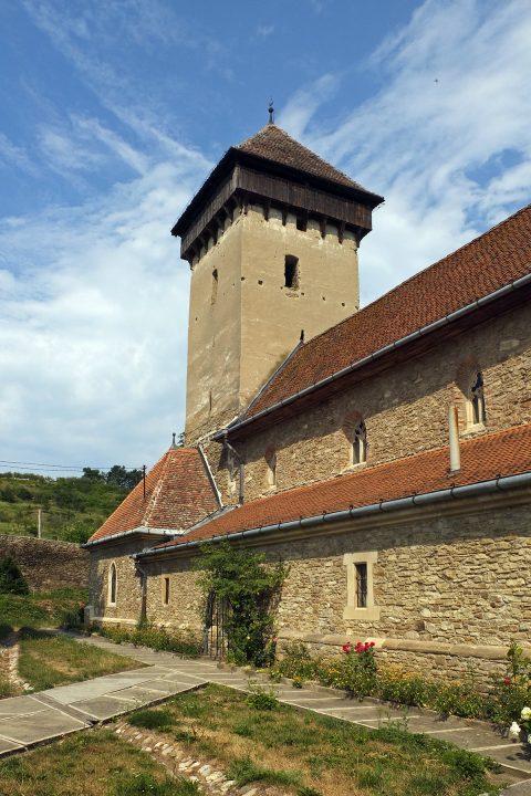 In Malmkrog leben noch, oder wieder, ca. 150 Sachsen. Unser Nachbar in Reichesdorf erzählt von 30 zurückgekehrten Familien.