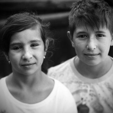 Adriana und Adrian, Geschwister