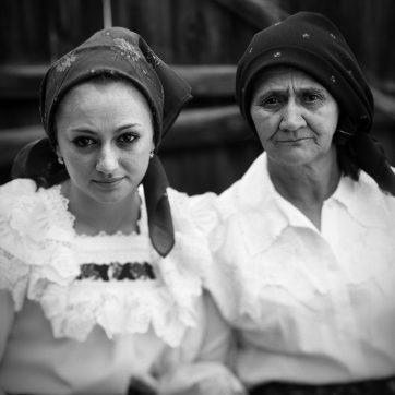 Nastaca und ihre Enkelin