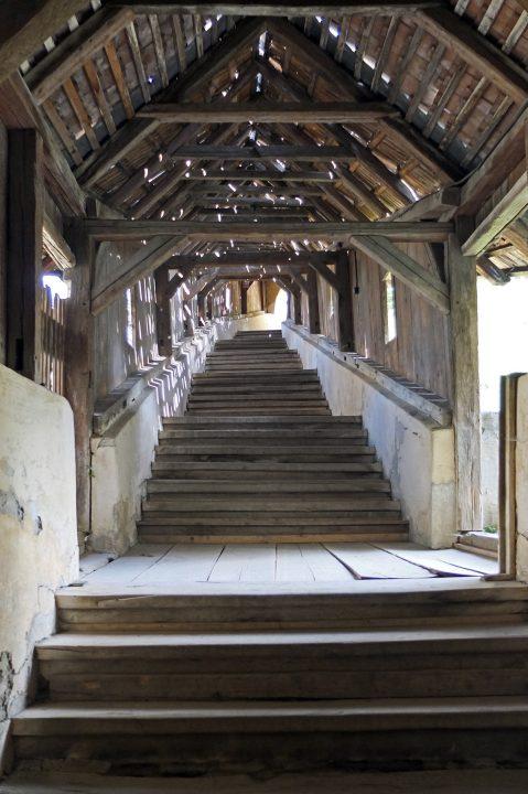 Aufgang zur Kirchenburg