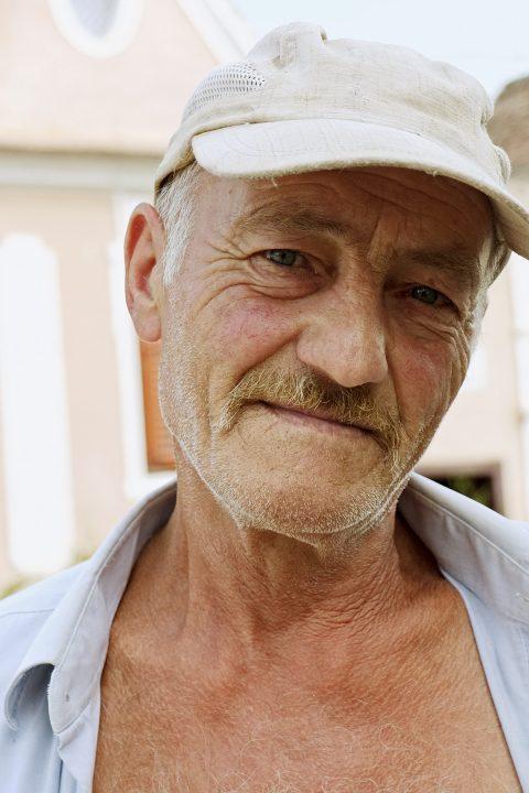 Wir lernen Walter Türk kennen, einen Sachsen aus Reußdorf / Cund. Er lebt seit drei Jahren in Hetzeldorf.