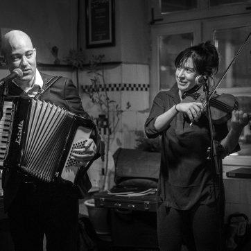 Geoff Berner, Brigitta Dajczer, Café Gramsci, Dachau, 10.12.2015