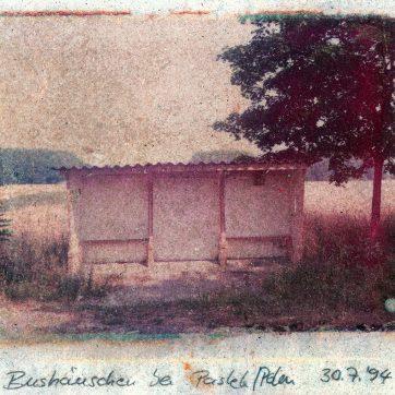 Bushäuschen bei Paslek, Polen, 1994, Polaroidtransfer
