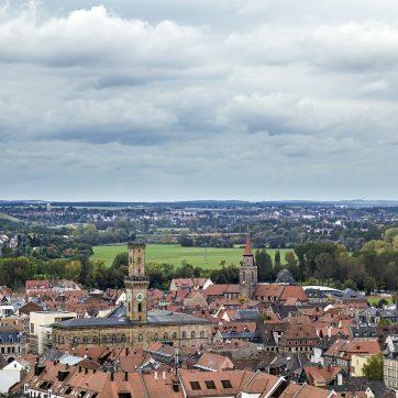 Rathaus und St. Michael