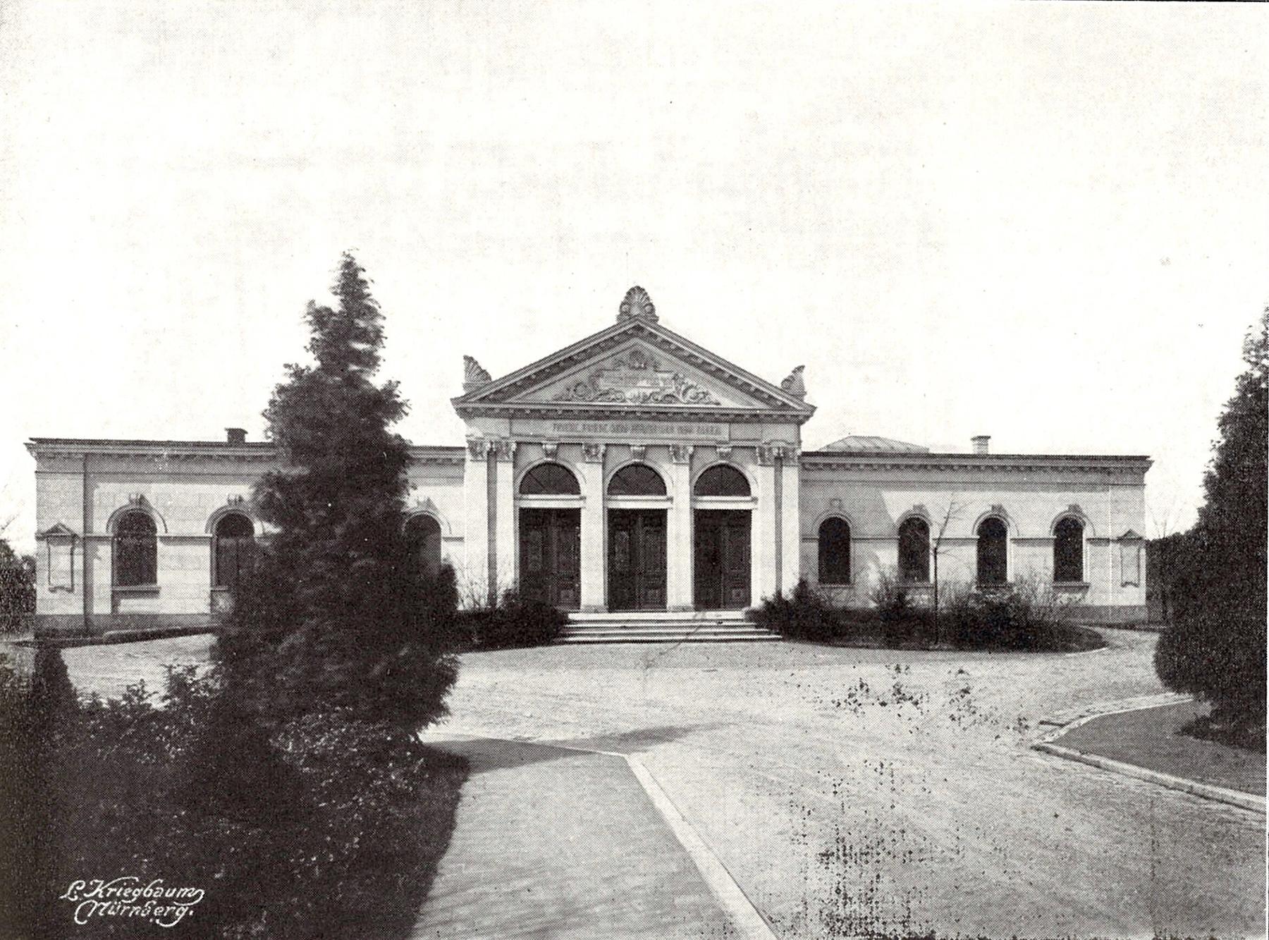 Aussegnungshalle auf dem neuen israelitischen Friedhof in Fürth, ca. 1907