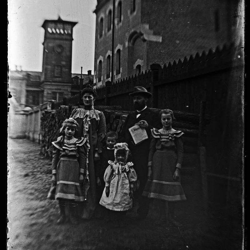 Eltern und Geschwister, Nürnberg, 1900
