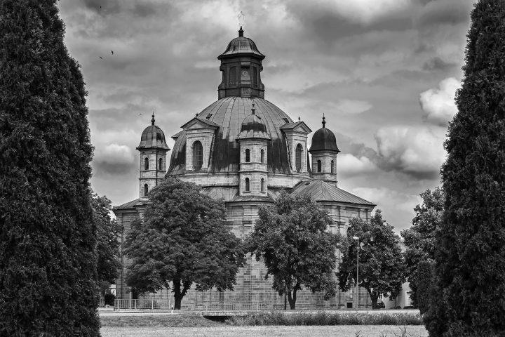 ziemlich unfränkisch: Wallfahrtskirche Maria Hilf (Freystadt bei Neumarkt in der Oberpfalz)