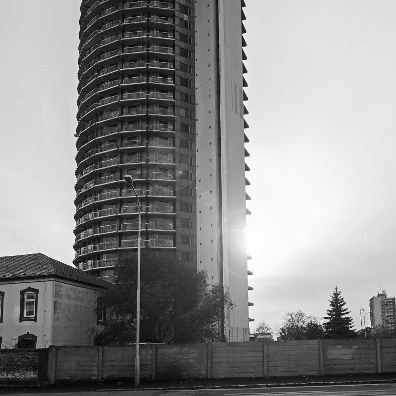 """Hviezda (""""Star"""") Studentenwohnheim - Architeken: Ján Strcula und Cyril Sirotný"""