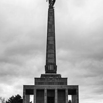 Slavín - Kriegerdenkmal und Friedhof zur Erinnerung an die fast 7000 Rotarmisten, die 1945 bei der Befreiung Bratislavas ihr Leben ließen