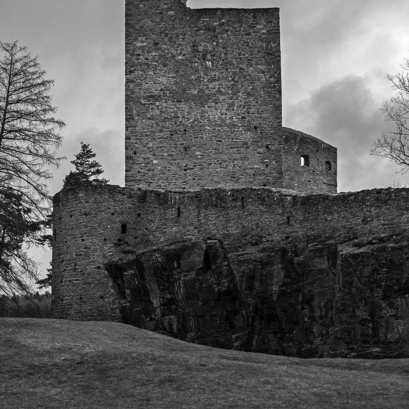 Burg Velhartice (deutsch Wellartitz, früher Welhartitz)